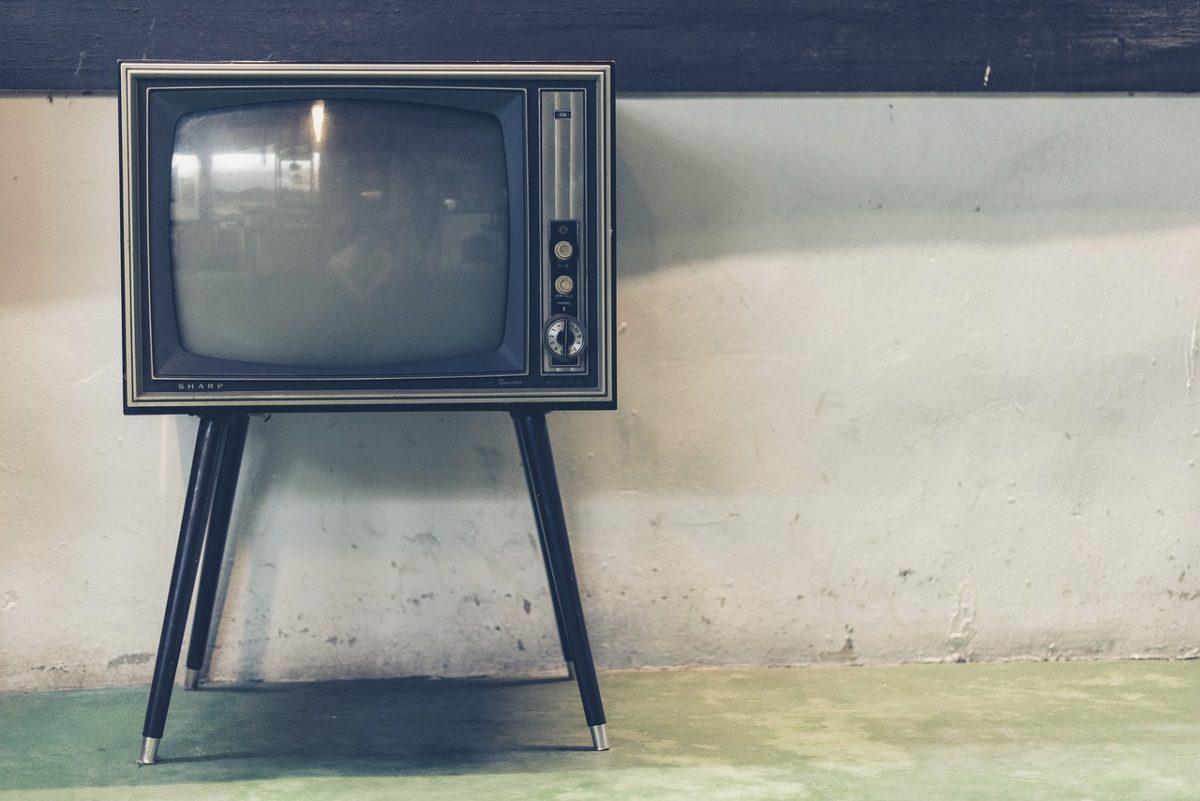 Samotny odetchnięcie przed tv, lub niedzielne filmowe popołudnie, umila nam czas wolny ,a także pozwala się zrelaksować.